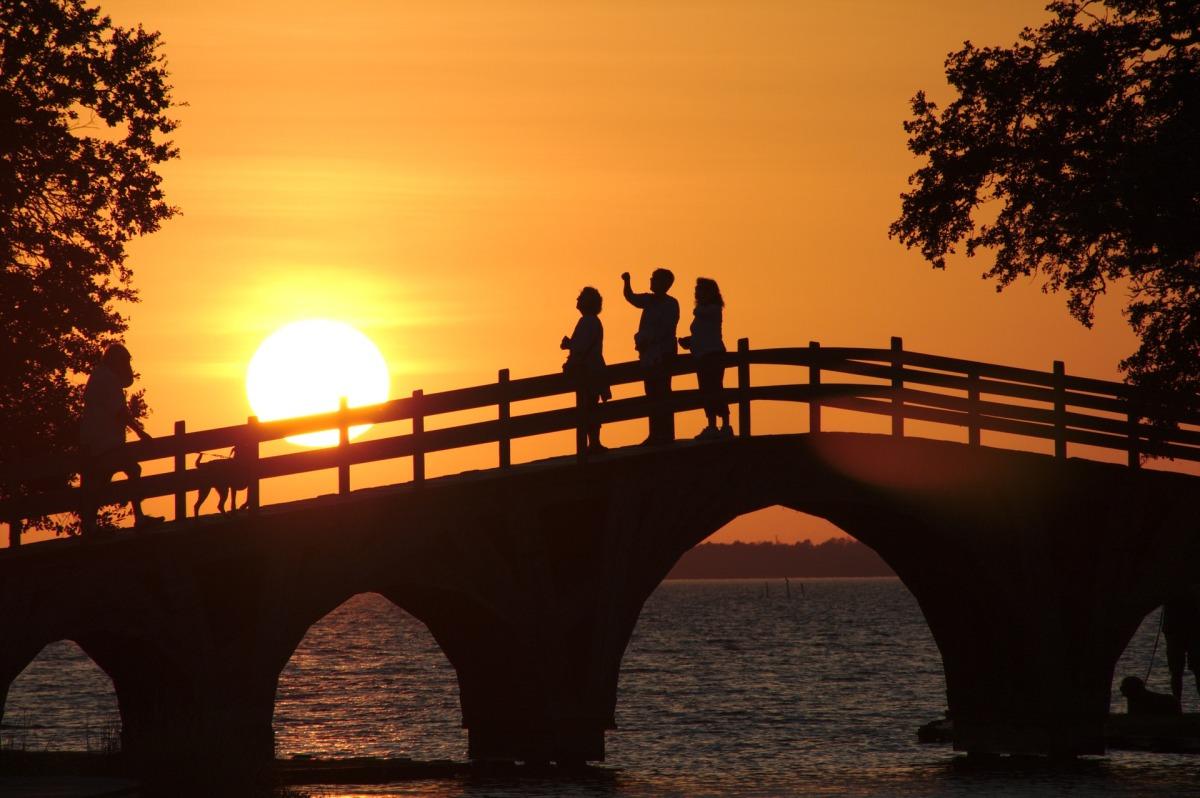 sunset-1759713_1920